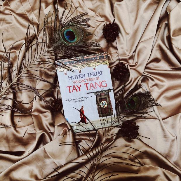 Huyen thuat va cac dao si Tay Tang
